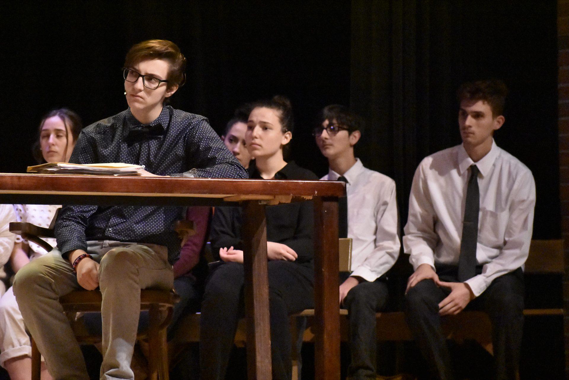 Multiple VTTC Actors on Stage listening