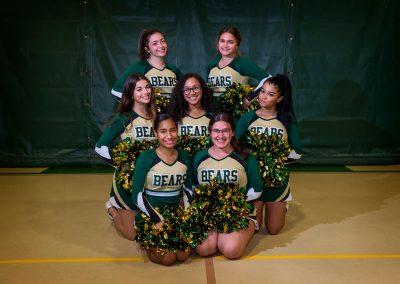 seniors cheerleading team