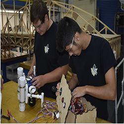 engineering students working